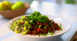 Lorraine Pascale chilli con carne on The Best Dishes Ever