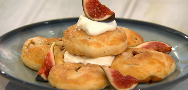 Simon Rimmer's Eccles Cakes With Cheese on Sunday Brunch