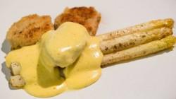 Ris de veau aux asperges rôties – Salade de fenouil et truite fumée UN GARS UN CHEF