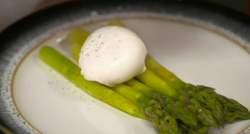 Rupert Rowley's poached egg and asparagus dish on Yes Chef