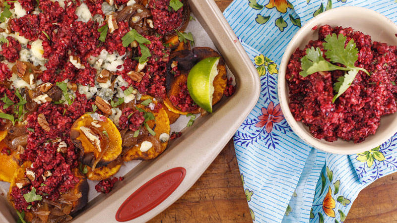 Jeanette's Blue Cheese and Caramelized Onion Squachos dish on The Rachael Ray Show