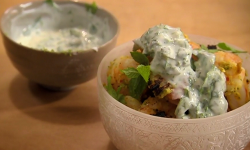 Nigel Slater Saturday kitchen  grilled prawns with yoghurt and mint dish