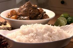 Rick Stein massaman Thai curry with black cardamom  on Saturday kitchen