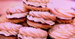 The Hairy Bikers viennese whirls biscuits with cornflour and icing sugar on Saturday kitchen