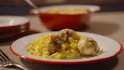 Simon Rimmer meatball mac'n cheese on Eat the Week with Iceland