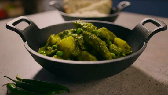 Simon Rimmer's Goan Green Chicken Curry on Eat the Week with Iceland