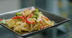 Tina's prawn noodles dish on Eat Well for Less?