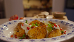 Simon Rimmer's cauliflower tikka on Eat the Week with Iceland