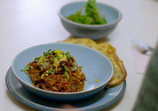 Gary's wild mushroom curry on Nadiya's British Food Adventure