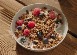 Nigella Lawson granola with yoghurt and fresh berries on Saturday Kitchen