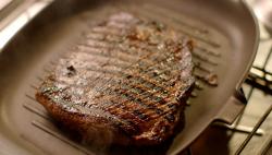 Nigella Lawson bavette steak with  watercress salad on Saturday Kitchen