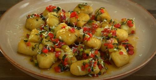Dunderi pasta with vegetable sauce on Gino's Italian Coastal Escape