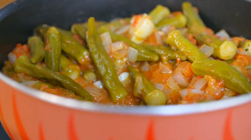 Stefanos' slime free okra with onions and tomatoes dish on Food Unwrapped