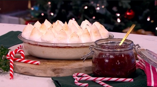 Nadiya Hussain' s Queen of puddings festive dessert on This Morning