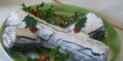 Kirstie Allsopp chocolate yule log recipe on Kirstie's Handmade Christmas