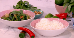 Phil Vickery's spicy Thai curry on This Morning