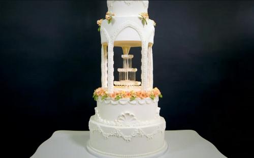 Karisha's water fountain cake on Extreme Cake Makers