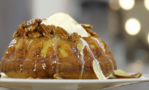 James Martin American Pound cake with apples and goats' milk