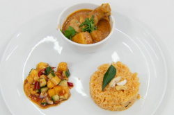 Zaleha's Masterchef spicy chicken curry with tomato rice