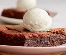 Mary Berry's warm Fondant Brownies with ice cream