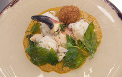 Nawamin's Thai yellow curry with crab and noodles dish on Masterchef 2018