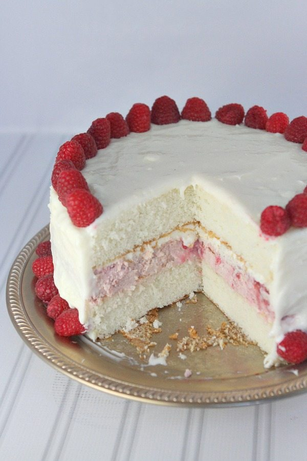 Raspberry Cheesecake Cake by Recipegirl