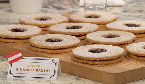 Austrian linzer biscuits on Sunday Brunch