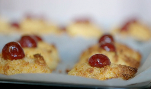 Donna Howell's cherry bakewell macarons on Eat Well for Less?