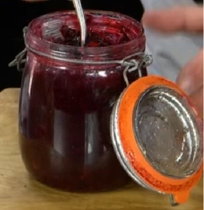 James Martin blackberry and sloe gin jam on James Martin's Saturday Morning