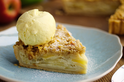 Simon Rimmer Sour Cream Apple Pie on Sunday Brunch