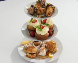 Stephanie's  afternoon tea with strawberry basil cupcakes  on Celebrity Masterchef 2018