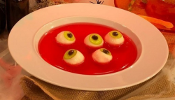 Phil Vickery eyeball soup on This Morning