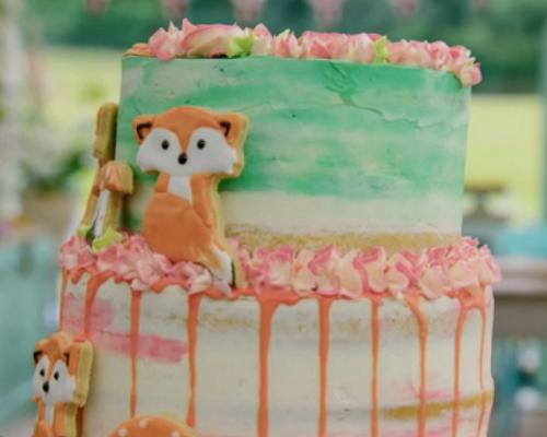 Kim-Joy's lavender and lemon fox vegan cake on the Great British Bake 2018