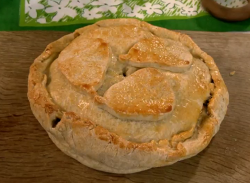 Emma Kay Worcestershire black pear pie with cloves and saffron on Countryfile