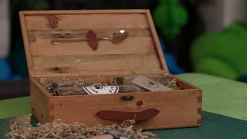 Matthew's winning wooden gin gift box on on Kirstie's Handmade Christmas