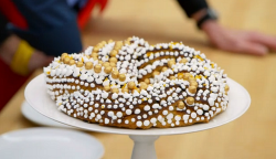 Kate's ginger and almond stollen on The Great British Bake off for the new year