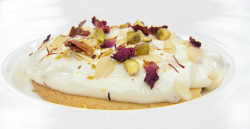 Panisha's New Delhi cheesecake with a yoghurt and rose pedals topping on Masterchef 2019