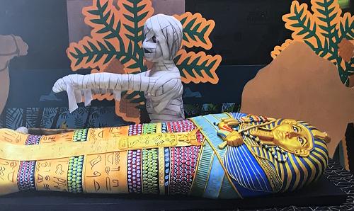 Rosie's Egyptian Mummy Cake on Extreme Cake Makers