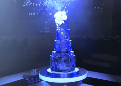 Suzanne's five tier black wedding cake on Extreme Cake Makers