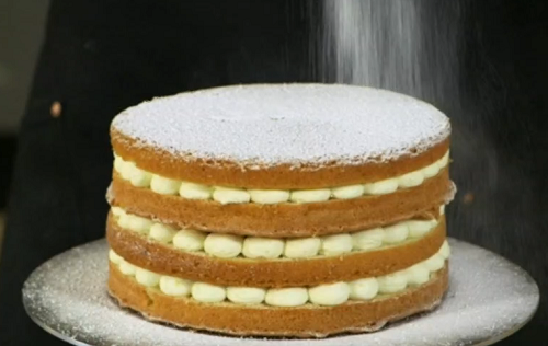 John whaite's show stopping lemon drizzle cake with lemon curd on John and Lisa's We ...