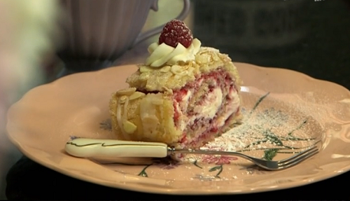Jane Beedle's raspberry roulade on John and Lisa's Weekend Kitchen