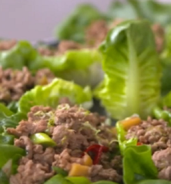 Tilly and Gordon Ramsay's lettuce cups on John and Lisa's Weekend Kitchen