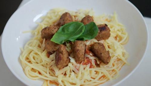 Nitin Ganatra pasta sauce with veggie meatballs on The One Show