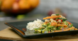 Steve Carter prawn and vegetable stir fry with teriyaki sauce on Eat Well for Less?