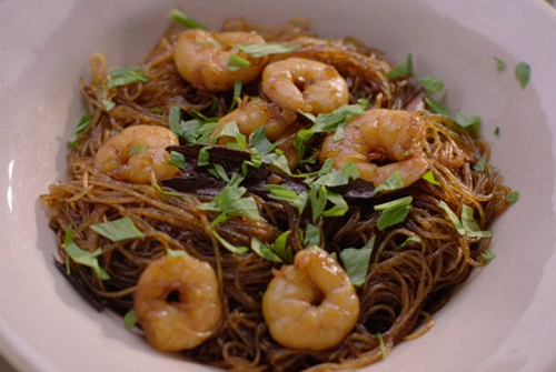 Nigella Lawson's prawns with celery, ketchup menace and glass noodles Thai stir fry on Sat ...