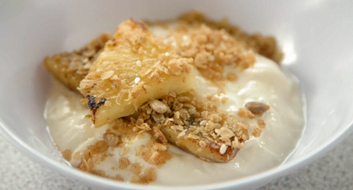 Dillian and Greg's Greek yoghurt  with honey, caramelized bananas and oats dessert on Cele ...