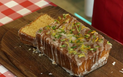 John's lemon drizzle cake on flour Power