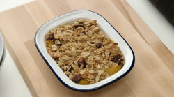 Chris Bavin's baked almonds with oat topped peaches dessert on Eat Well For Less?