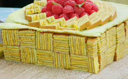 Henry's elegant present box cake on The Great British Bake Off 2019