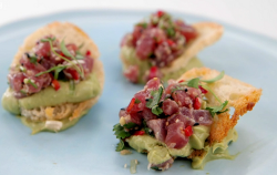Vicky Pattison's tuna tartare on sourdough toast starter on Celebrity Masterchef 2019 final